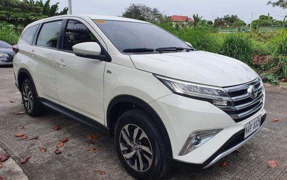 Toyota Runx 2018-4