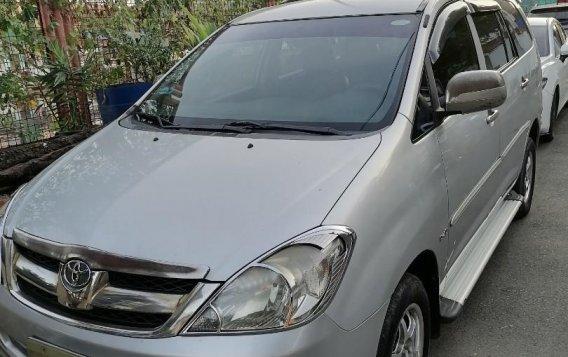 Toyota Innova 2008-1