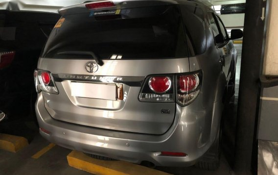 Selling Silver Toyota Fortuner 2015 in Makati-2