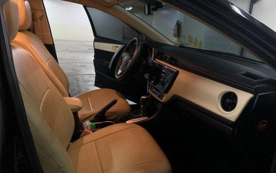 Black Toyota Corolla Altis 2017 for sale in Makati-3