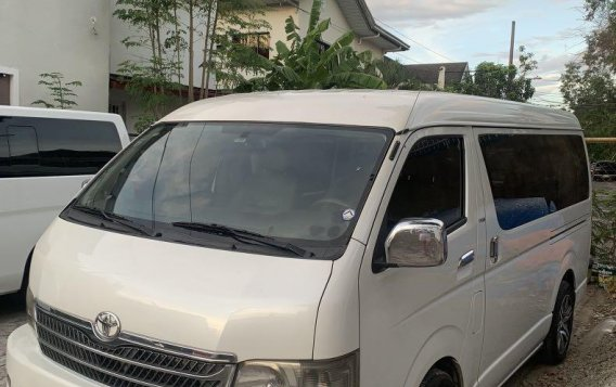 Pearl White Toyota Hiace Super Grandia -1