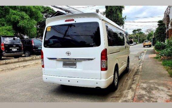 Pearlwhite Toyota Hiace Super Grandia 2015 for sale in Marikina-2