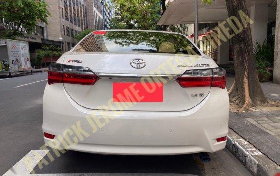 2018 Toyota Corolla Altis 1.6V-5