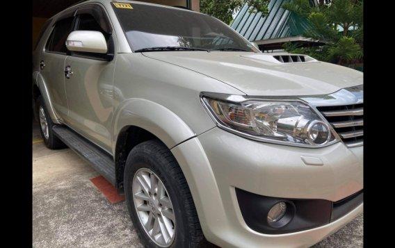 Silver Toyota Fortuner 2013 for sale in Urdaneta