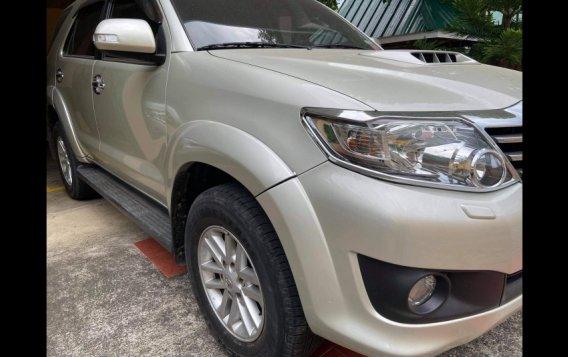 Silver Toyota Fortuner 2013 for sale in Urdaneta-3