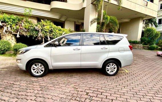 Selling Pearl White Toyota Innova 2019 in San Juan-2