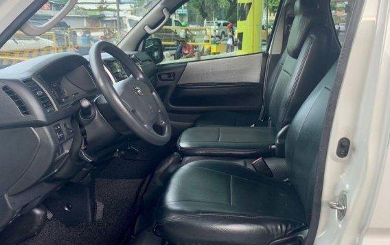 Sell 2016 Toyota Grandia -7