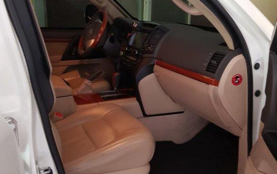 Toyota Land Cruiser 2013-7