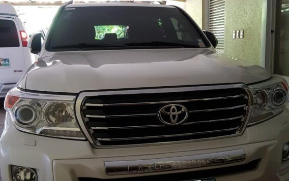 Toyota Land Cruiser 2013-1