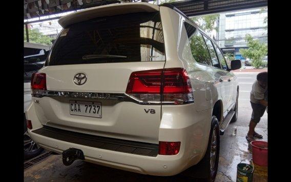 Toyota Land Cruiser 2017 SUV-5