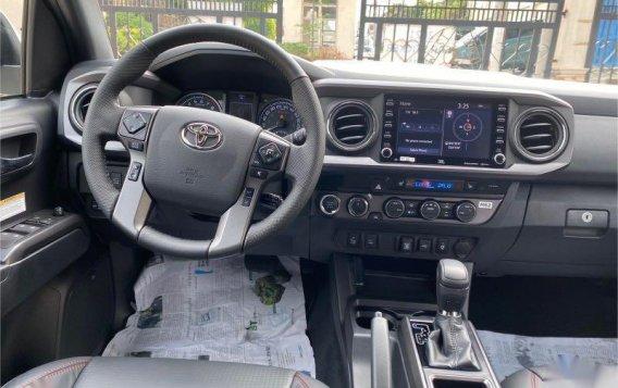 Sell 2021 Toyota Tacoma-9