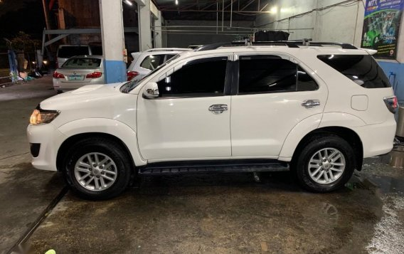 Selling White Toyota Fortuner 2014-2