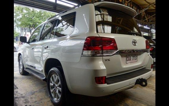 Toyota Land Cruiser 2017 SUV-4