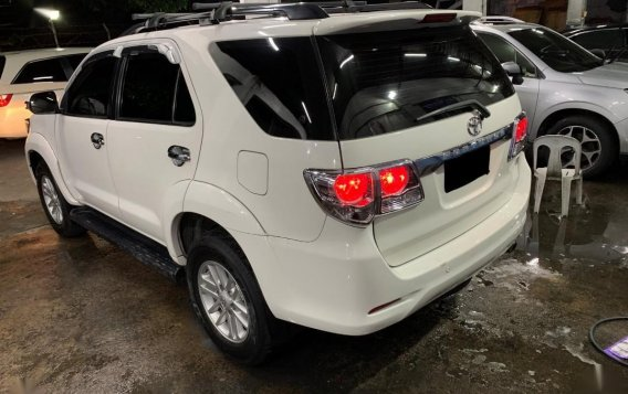 Selling White Toyota Fortuner 2014-3
