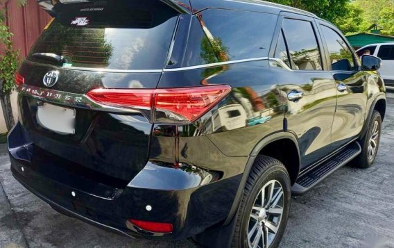 Sell 2020 Toyota Fortuner-9