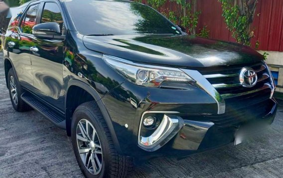 Sell 2020 Toyota Fortuner-1