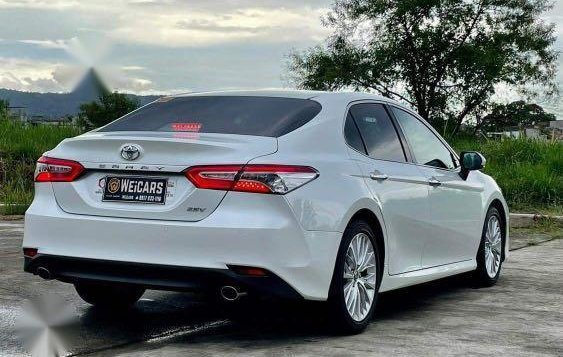 Selling White Toyota Camry 2019 in Quezon-4