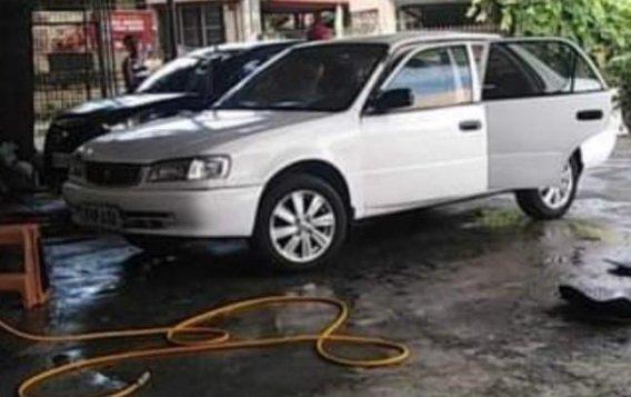 White Toyota Corolla 2002 for sale in Quezon-1