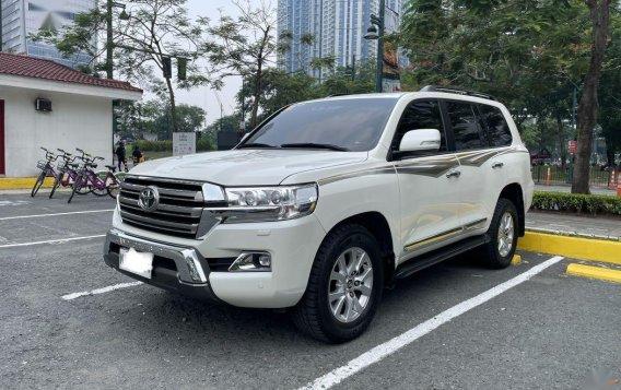 Sell 2018 Toyota Land Cruiser -1
