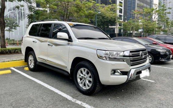 Sell 2018 Toyota Land Cruiser -2
