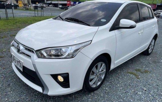 Sell White 2015 Toyota Yaris-5