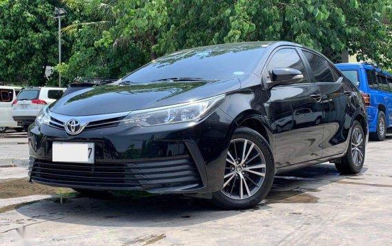 Selling Toyota Corolla Altis 2017-2