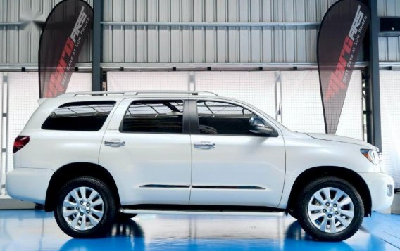 Pearl White Toyota Sequoia 2019 for sale-2