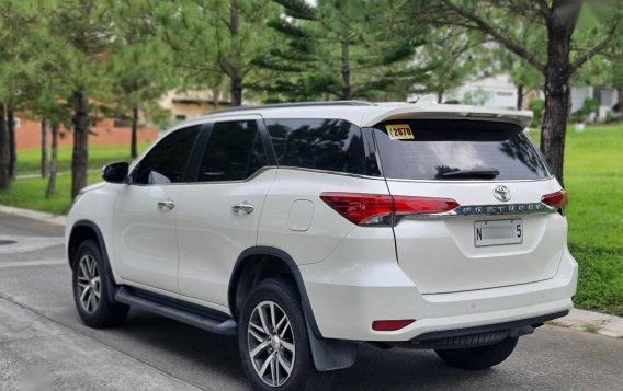 Sell 2017 Toyota Fortuner-1