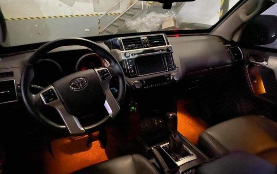 Green Toyota Land Cruiser Prado 2015 for sale in Quezon-6