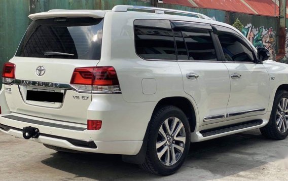 Toyota Land Cruiser 2018 for sale in Quezon City-4