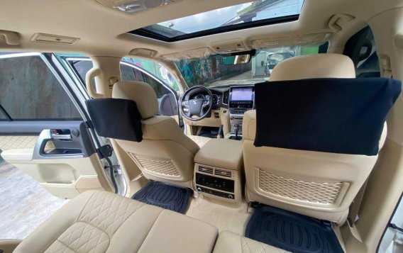 Toyota Land Cruiser 2018 for sale in Quezon City-7
