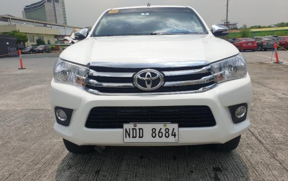 Selling White Toyota Hilux 2017 in Pasig-1