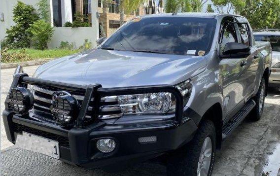 Brightsilver Toyota Hilux 2019 for sale in San Fernando-3