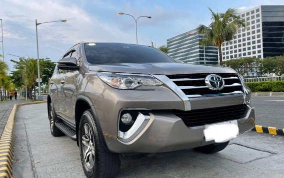 Silver Toyota Fortuner 2019 for sale in Pasay-1