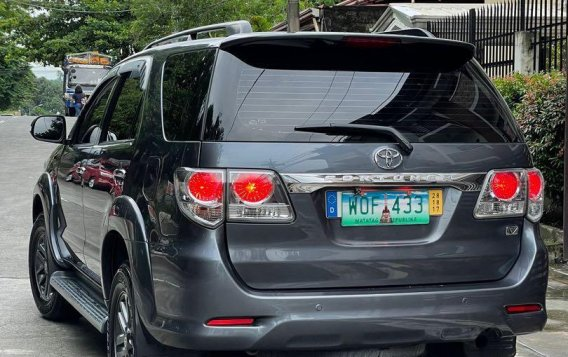 Selling Grey Toyota Fortuner 2014 in San Mateo-3