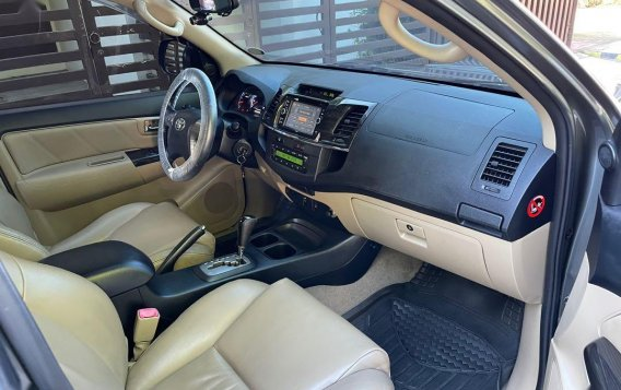 Selling Grey Toyota Fortuner 2014 in San Mateo-7