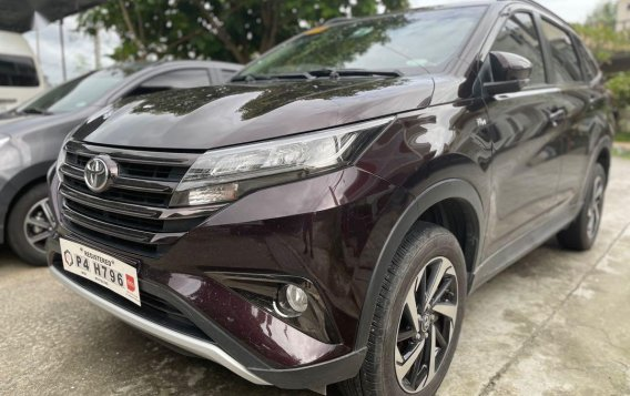Selling Red Toyota Rush 2020 in Quezon-1