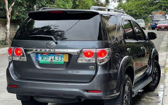 Selling Grey Toyota Fortuner 2014 in San Mateo-2