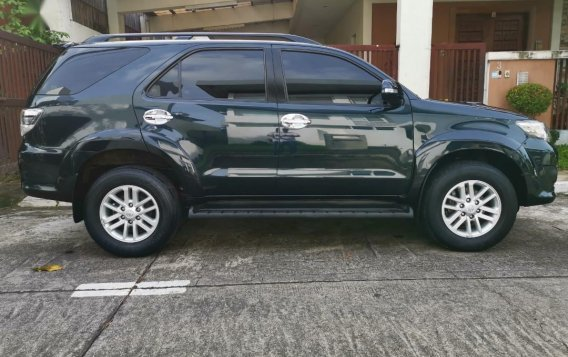 Selling Grayblack Toyota Fortuner 2013 in Parañaque-1