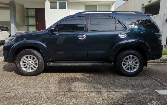 Selling Grayblack Toyota Fortuner 2013 in Parañaque-3