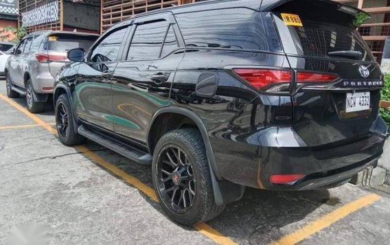 Selling Black Toyota Fortuner 2019 in San Mateo-1