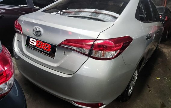 Selling Silver Toyota Vios 2021 in Quezon City-1
