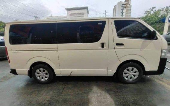 Sell White 2019 Toyota Hiace in Manila-4