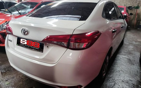 Selling Toyota Vios 2021 in Quezon City-1