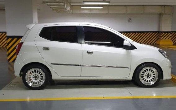 Selling White Toyota Wigo 2016 in Muntinlupa-3