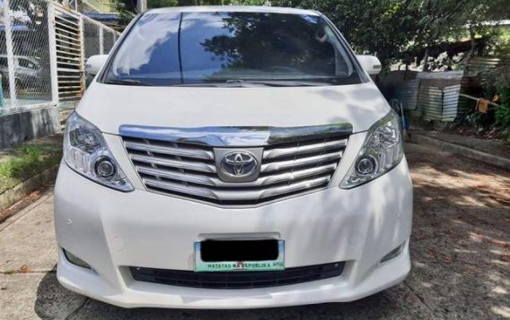 Pearl White Toyota Alphard 2011 for sale in Taytay-1
