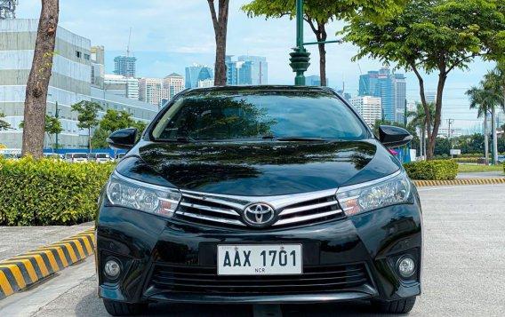Selling Black Toyota Corolla Altis 2014 in Pasig-4