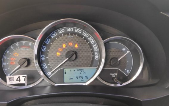 Sell White 2015 Toyota Altis-6