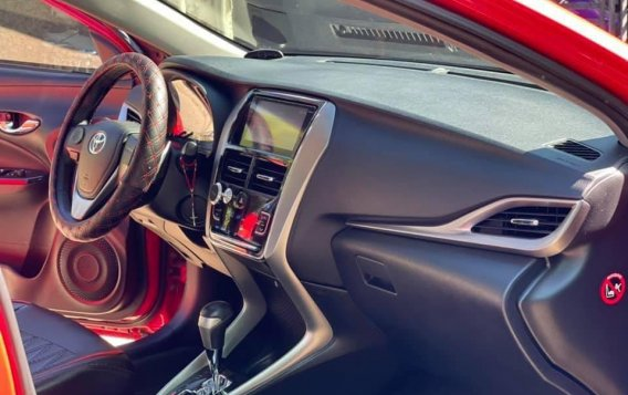 Selling Red Toyota Vios 2020 in Quezon-9