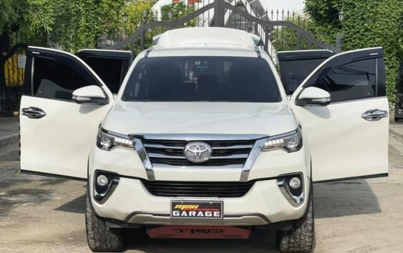 White Toyota Fortuner 2018 for sale in Automatic
